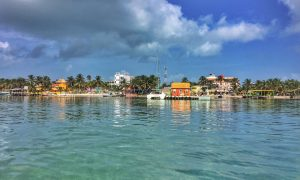 "Caye Caulker: ""go slow"" & be happy!"
