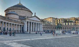 Napoli: pizza, arte & fantasia …